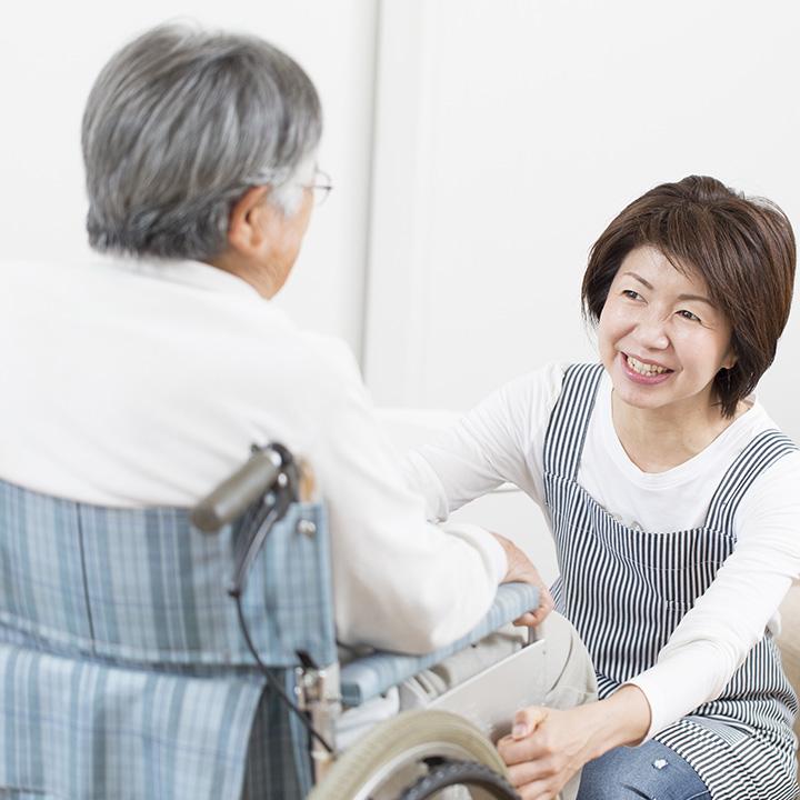 家族の負担を減らす訪問入浴を利用する